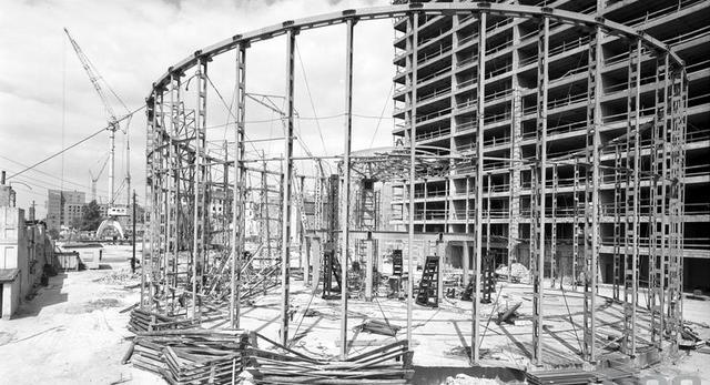 Tak wyglądał stelaż konstrukcyjny pierwotnej wersji warszawskiej Rotundy