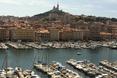 Stary port w Marsylii to bardzo klimatyczne miejsce