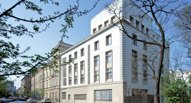 Trzy budynki mieszkalne w centrum Krakowa