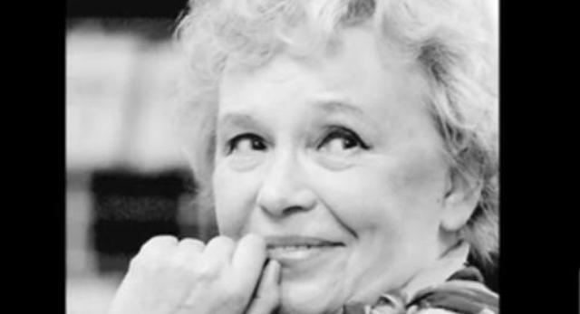 7 października, po cieżkiej chorobie zmarła Joanna Chmielewska