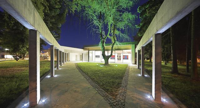 Dom kultury i galeria sztuki w Pile