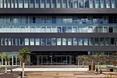 Architektura Bełchatowa. PGE GiEK ma nową siedzibę projektu studia FAAB. Podoba wam się budynek inspirowany obszarami działalności firmy?