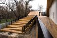Grupa młodych projektantek z grupy Ponadto zaprojektowała układ dwóch pawilonów połączonych ze sobą systemem ramp, schodów, placyków oraz tarasów widokowych
