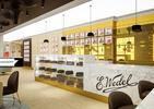 Kawiarnia Wedel jak z czekolady. Aranżacja wnętrza według  pracowni Lesinska Concept z Gdyni