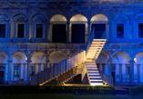 Niekończące sie schody - Scale Infinite nocą; fot. Giovanni Nardi