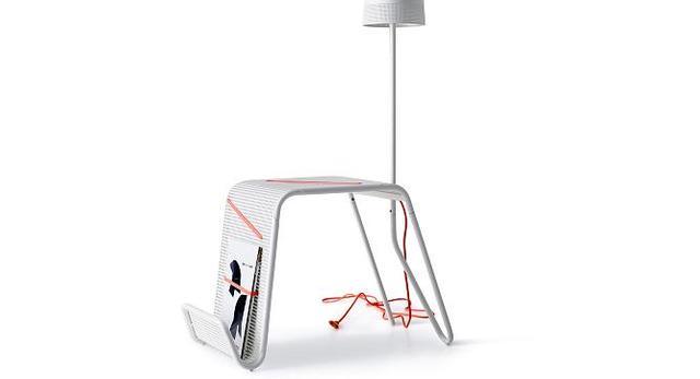Lampa zintegrowana ze stolikiem z kolekcji IKEA PS 2014 autorstwa Tomka Rygalika