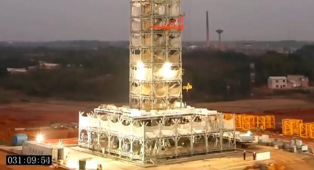 Chińska firma pokazuje, jak zbudować wieżowiec w dwa tygodnie