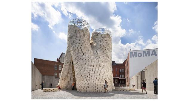 Zwyciężczyni 15. edycji konkursu Young Architects Program - biodegradowalna instalacja artystyczna