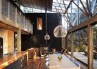 TOP 10 ujęć unikalnej architektury współczesnej domu nad morzem w Nowej Zelandii