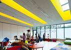 Architektura wnętrz Centrum Edukacji i Sportu w Mysiadle. 81.WAW.PL
