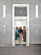 Badanie psychologiczne zachowań ludzi w windzie, czyli człowiek i jego przestrzeń