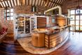 Widok na wnętrze główne - kuchnię