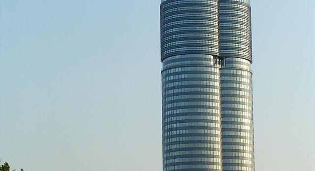Wieżowiec Millenium Tower w Wiedniu