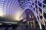 Londyński King's Cross Railway Station - jeden z najbardziej znanych dworców świata TOP 10 ARCHIRAMY  fot. Adria Wai
