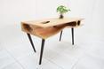 Designerski, drewniany mebel  - stół CATable  fot. LYCS Architecture