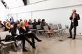 Przedstawiciel firmy Häfele - Rafał Osiński opowiada o produktach - spotkanie PERSPEKTYWA