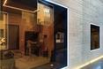 Salę prób muzycznych otwiera okno na ulicę - bryła Poppodium GRENSWERG w holenderskim mieście Venlo  autor: van Dongen - Koschuch architekci