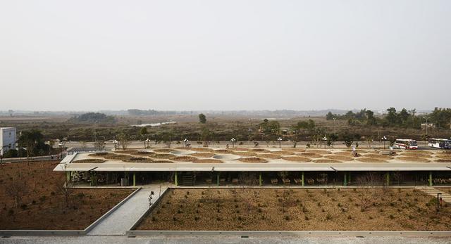 Widok na pawilon HANOI, zwany inaczej pawilonem DOTS (Wietnam)