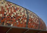 5 budynków z barwionego betonu architektonicznego