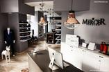 Wnętrze butiku i pracowni szycia na miarę marki Mercer w Warszawie. Autorami projektu sa architekci z 370Studio