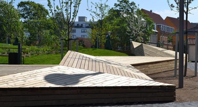 Meble miejskie w stylu skandynawskim. WAK 10