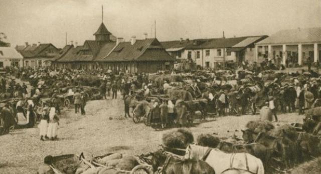Rynek w Pińsku, przed 1939, Polona