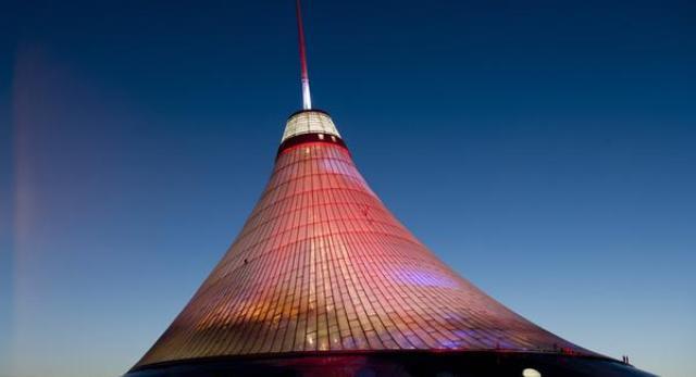 Największy namiot - jurta na świecie, Khan Shatyr, Astana, Kazachstan