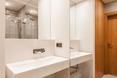 Wnętrze łazienki w poznańskim mieszkaniu projektu pracowni architektonicznej mode:lina