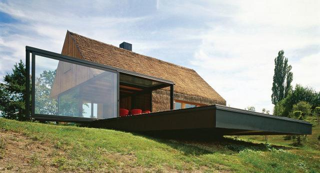 Hinza, mały dom na zboczu chorwackiego wzgórza