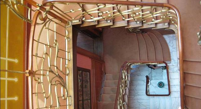Muzeum Victora Horty. Architektura wnętrz