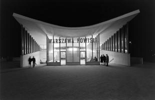 Architektura Warszawy powojennej w obiektywie Zbyszka Siemaszki