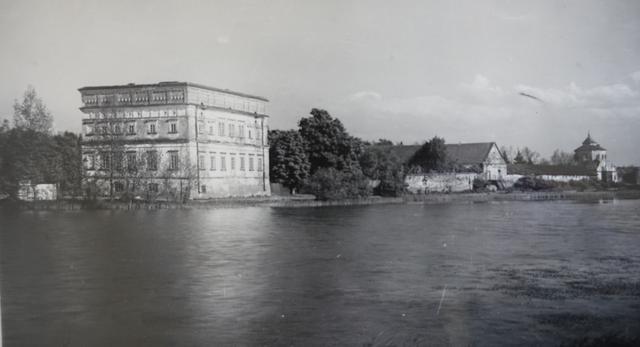 Bryła późnorenesansowego pałacu w Czemiernikach. Konkurs architektoniczny