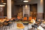 Wnętrza Starbucks Reserve we Wrocławiu