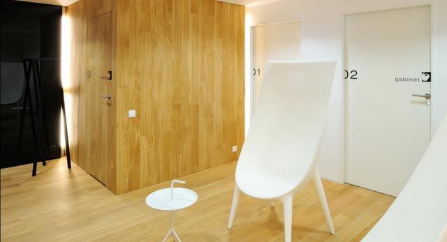 Gabinet ze stylowym designem