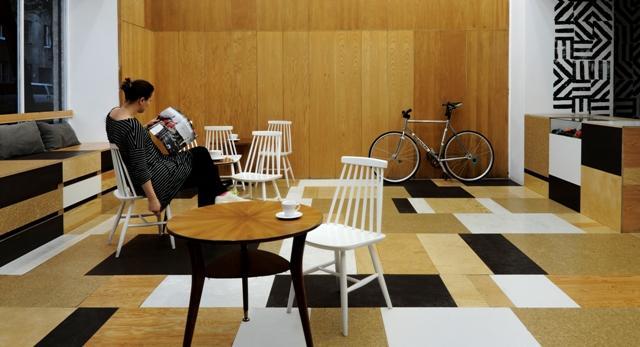 Architektura wnętrz – Relaks – kawiarnia, serwis i sklep rowerowym z portfolio dwóch pracowni.