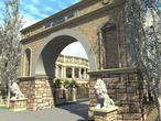 Architektura starożytnego Koloseum w Polsce?! Zobaczcie bryły pod Poznaniem