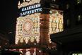 Galeria Lafayette zachwyca zabytkową architekturą i przenosi nas do czasów końca XIX wieku