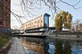 Drewniana elewacja mariny w Bydgoszczy