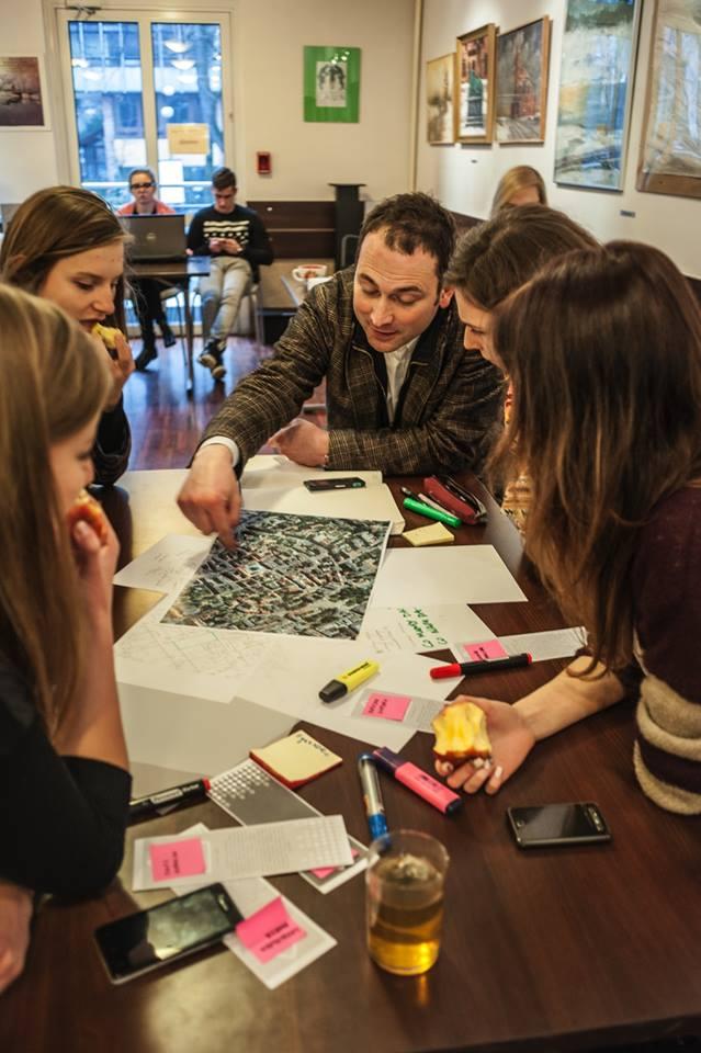 Warszataty architektoniczne: praca w grupach